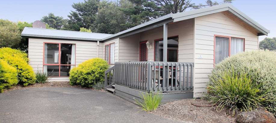 Melbourne Superior 2 Bedroom Cabin