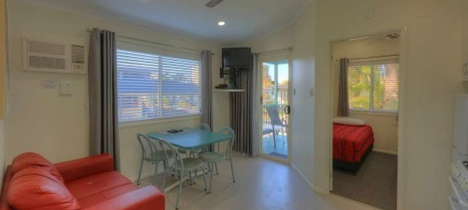 Alexandra Headland - Sunshine Coast 2 B/r Villa - 5-berth