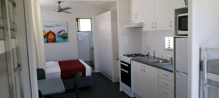 Alexandra Headland - Sunshine Coast Queen Cabin 4-berth